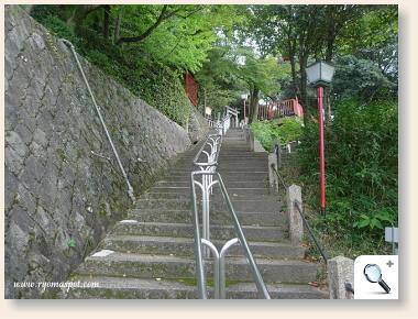 龍馬のお墓への階段