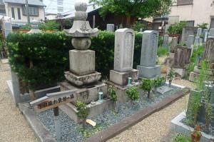 寺田屋お登勢の墓
